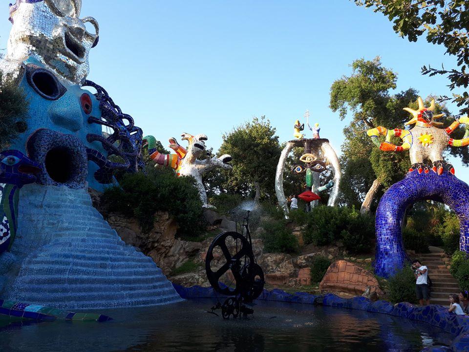Giardino dei Tarocchi: colori, giochi di luce e magia a Capalbio