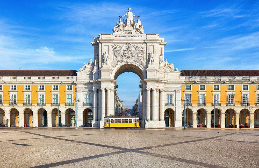 Scalo a Lisbona una notte: dove dormire, cosa mangiare e vedere