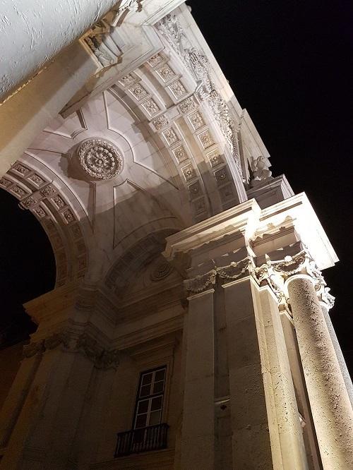 arco-di-trionfo-a-Praça-do-Comércio
