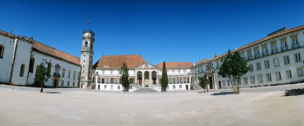 il-centro-del-portogallo-scrigno-di-bellezze
