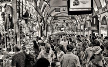 Mercato di Antibes