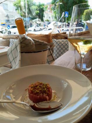 Fano_ristorante Cile's_tartarre di tonno con burrata