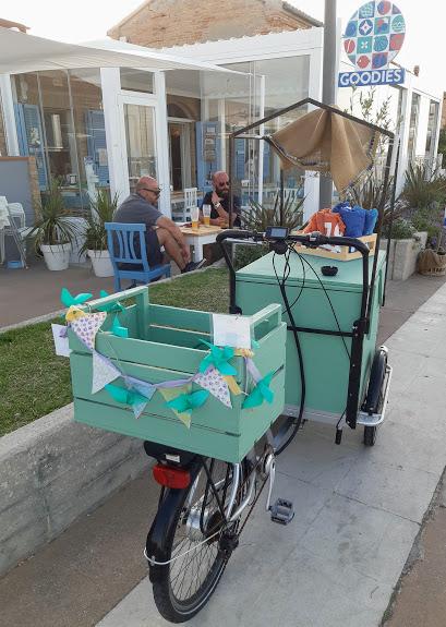 Goodies, ristorante a Fano- aperitivo in spiaggia