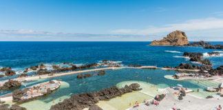 Madeira, Porto Moniz - Le piscine naturali sull'oceano e l'Hotel Aquanatura