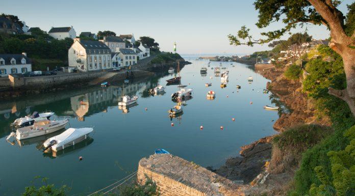 France, Finistère (29) Clohars-Carnoet, port de Doelan au lever du jour