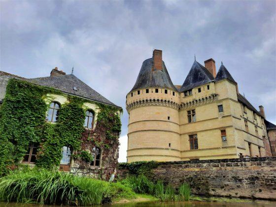 Chateau-de-lIslette_ vista dal fiume Indre