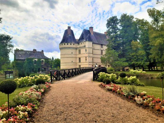 Chateau de l'Islette a Azay-le-Rideau. Viale