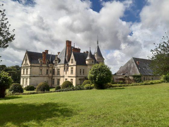 Chateau de la Bourdaisière_ scultura nel parco_Notre Dame