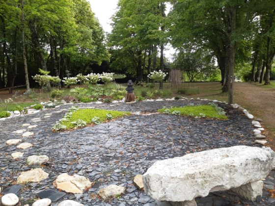 ChateauDuRivau_2021_Meditazione-orientale-nel-parco